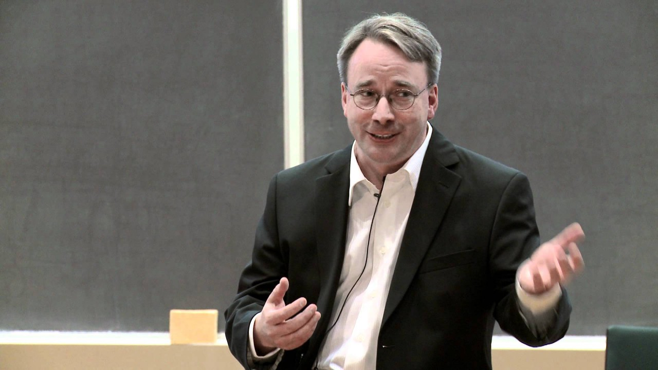 Linus Torvalds Pai do Linux e clone do Pac-Man mostra seu local nerd